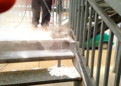 Čištění kamenných schodů 07