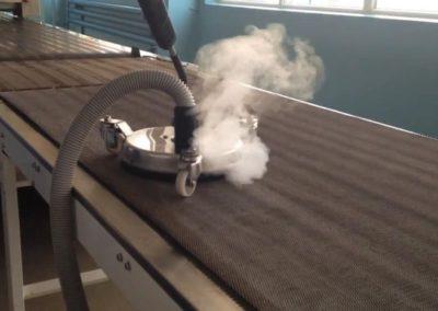 Parní čištění horkou parou 07