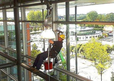 Výškové mytí oken 04