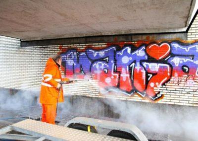 Výškové odstranění graffiti 03